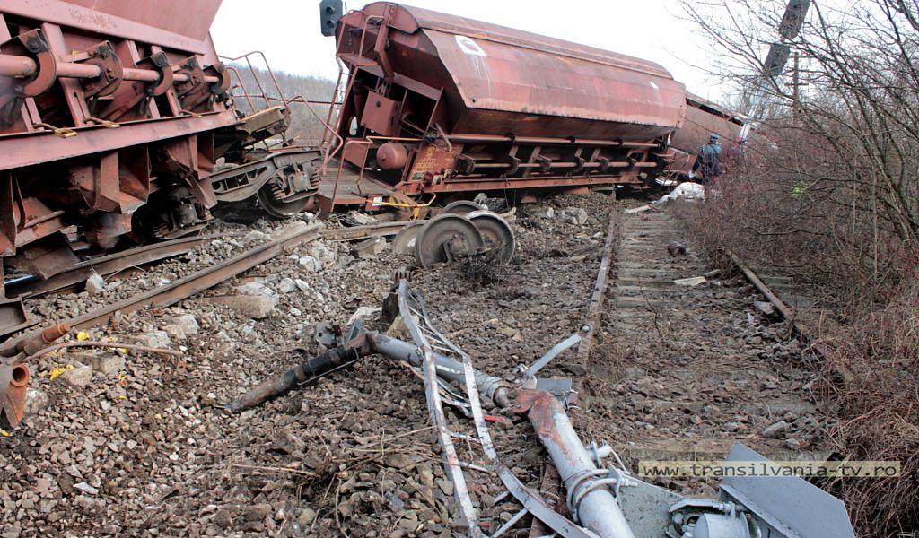 Letca-tren deraiat-6